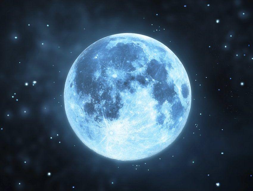 Luna azul: orígenes, significado y rituales de esto fenómeno - WeMystic | Luna azul, Tatuaje de luna llena, Tatuajes de luna llena