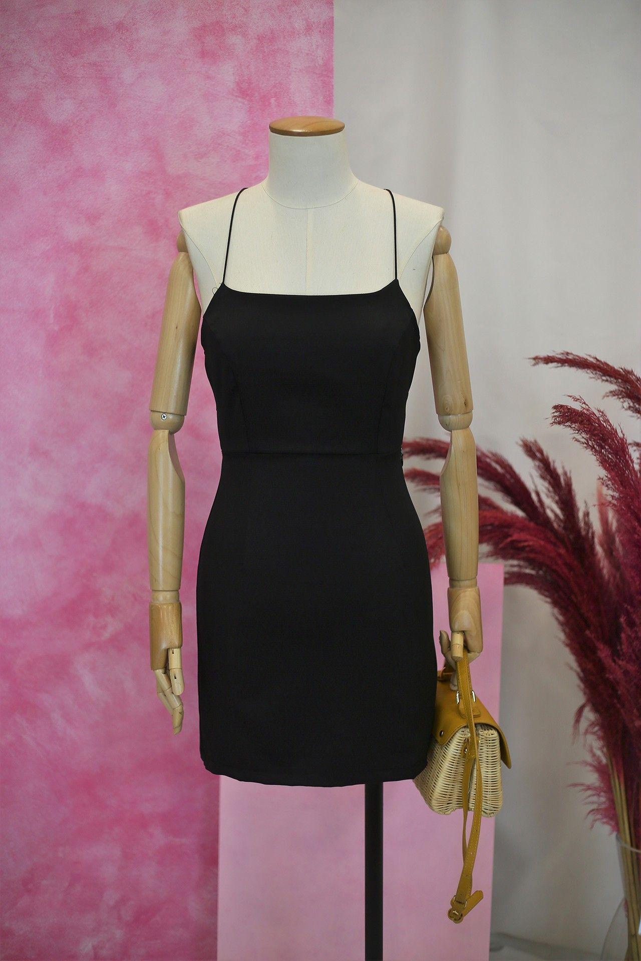 Ince Askili Siyah Mini Elbise 99 9 Ince Askili Siyah Mini Elbise Mini Elbise Elbise Ust Giyim