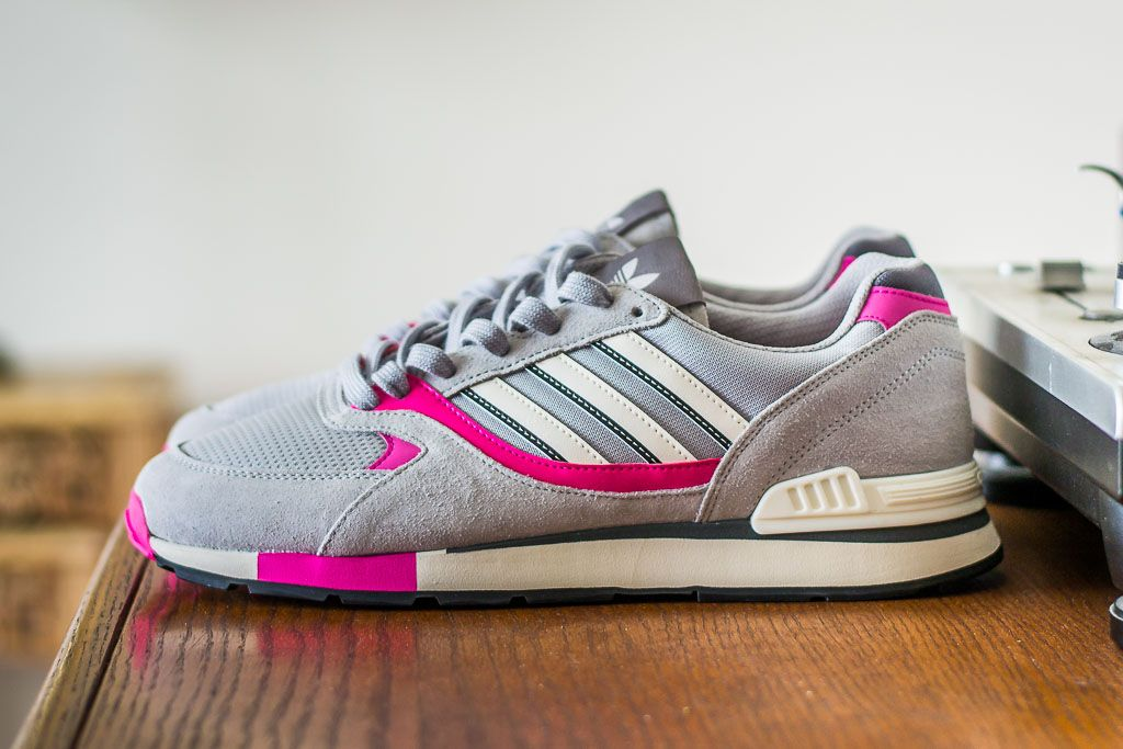Adidas Quesence GreyPink Sneaker Pickup Unboxing