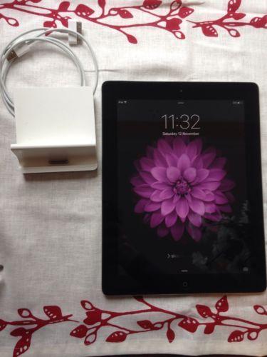 Apple iPad 2-16GB WiFi 9.7in Black  Extras in GREAT WORKING oder NO SCRATCHES  https://t.co/7KRWJjWl5x https://t.co/4WxXv7iYMl