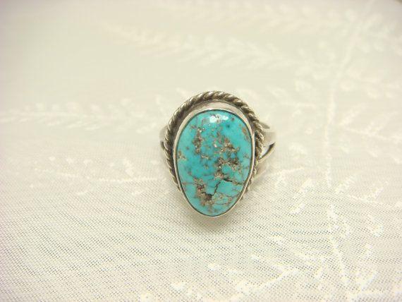 ♥♥♥STUNNING BLUE Vintage Turquoise Ring / Navajo Ring / Turquoise by ShinePrettyGems, $36.00