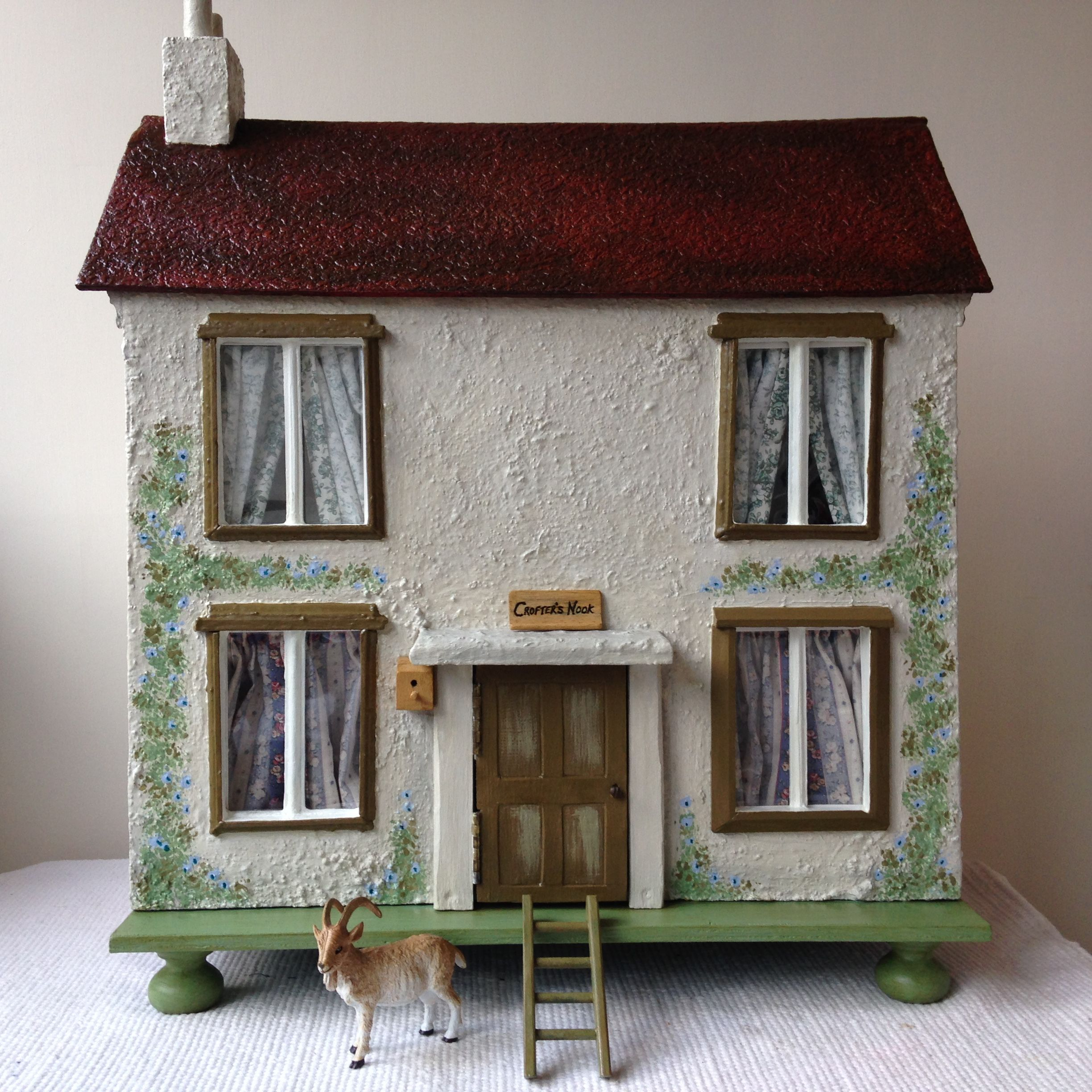 1950s Rustic Dolls House Cottage, 'Crofter's Nook'. Opens