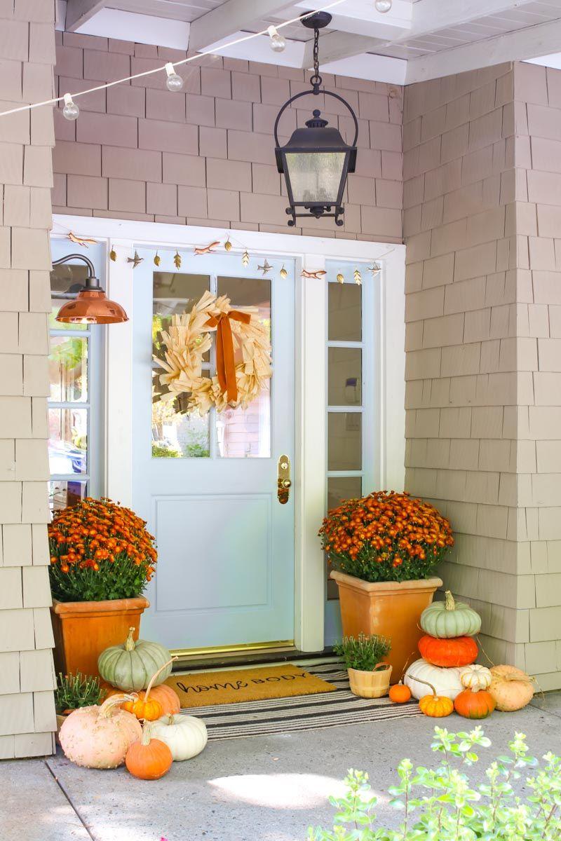 How To Create A Beautiful Fall Porch Fall Outdoor Decor Porch Fall Decorations Porch Fall Outdoor Decor