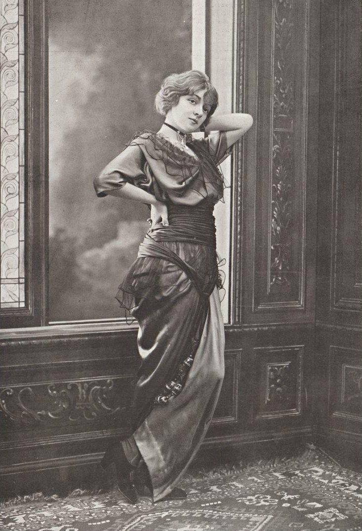 Robe de diner par Doeuillet, 1913.