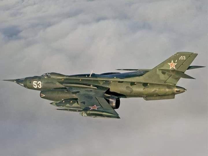 Pin De Adrianss En Soviet Aviones Aviones De Combate Aviones
