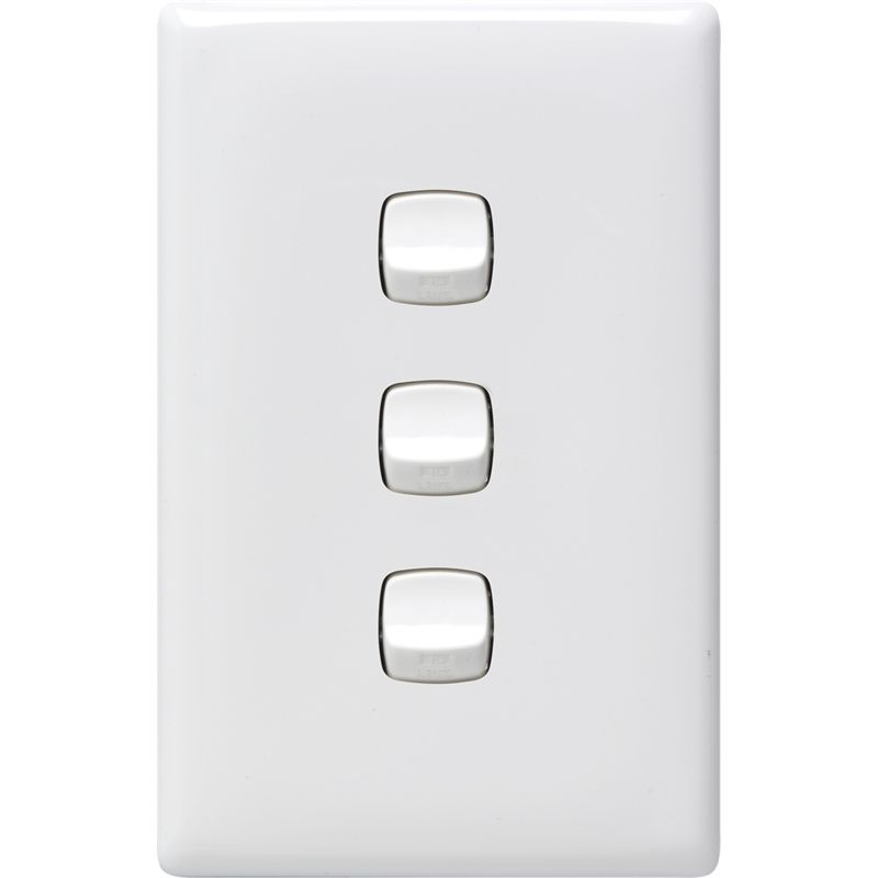 Hpm Linea 3 Gang Light Switch White