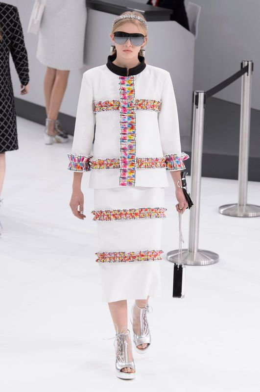 Chanel Spring Summer 2016 Ready To Wear Fashion How To Wear