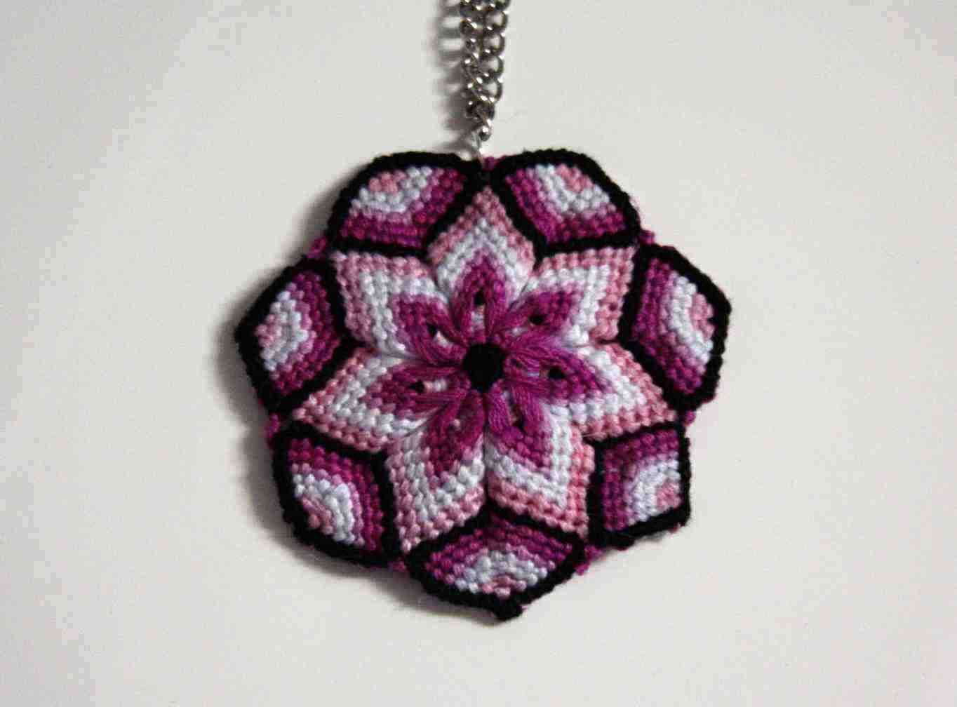 Macrame mandala flower tutorial with video instructions Makramé Náramky 86e04191433