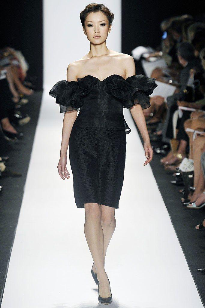 Carolina Herrera Spring 2009 Ready-to-Wear Fashion Show - Du Juan