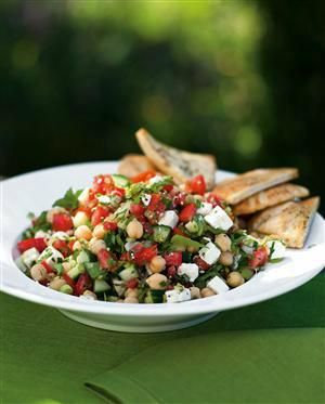Fattoush! Not only do I love to say it but I love to eat it!  http://barefootcontessa.com/recipes.aspx?RecipeID=514&S=0 …