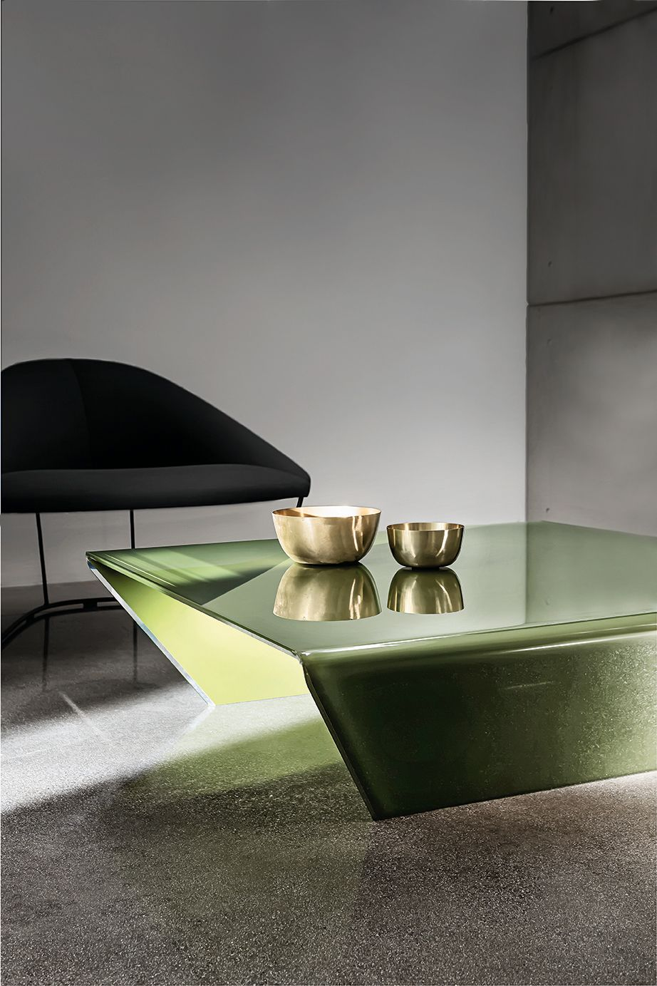 The Rubino Coffee Table A Jewel For Your Living Spaces Sovet Sovetitalia Design Decor Interio Modern Glass Coffee Table Glass Coffee Table Coffee Table [ 1383 x 922 Pixel ]