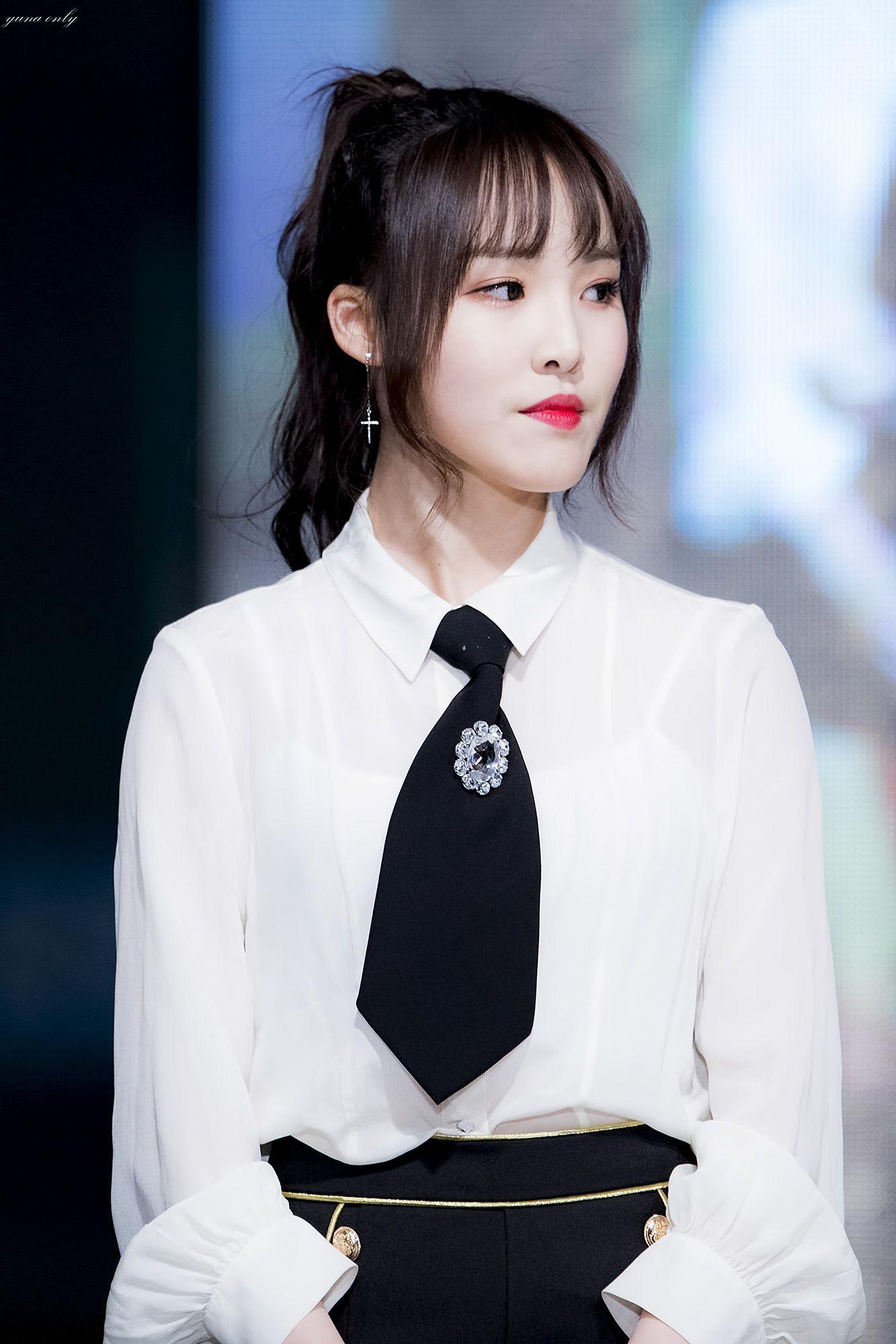 Pin Oleh Kpop Fn Di From Reddit