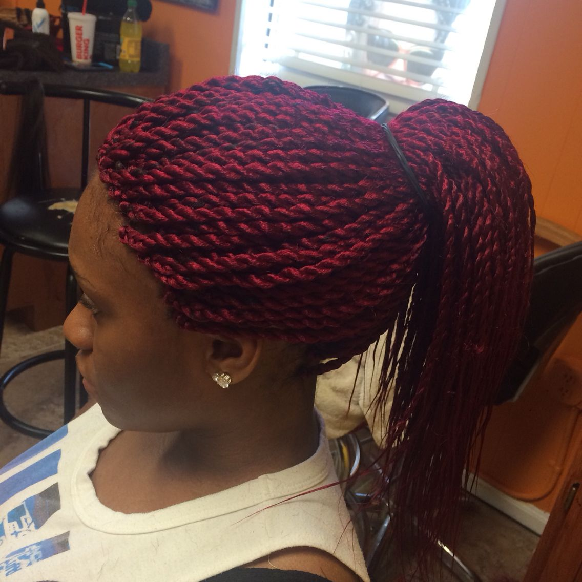 Senegalese twist with burgundy color