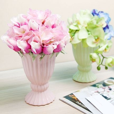Ceramic Ice Cream Vases In Four Soft Pastel Colours Matched With The