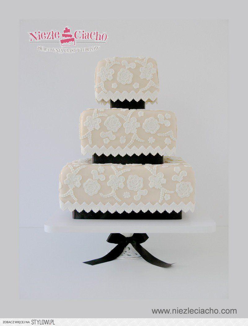 Biały Tort Weselny Ażurowy Tort Weselny Koronki Zdobienie