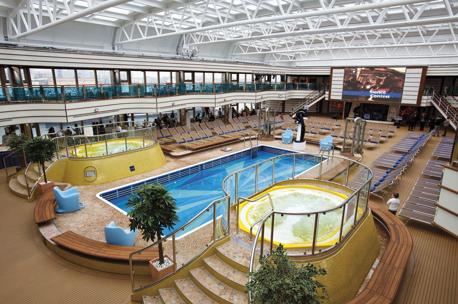 #CostaDeliziosa #Costa #CostaKreuzfahrten #CostaCrociere #Pool #Pooldeck #Poollandschaft #Kreuzfahrtschiff #cruise #Kreuzfahrt #Kreuzfahrtberater #Urlaub #Reise #Schiffsreise #travel #vacation