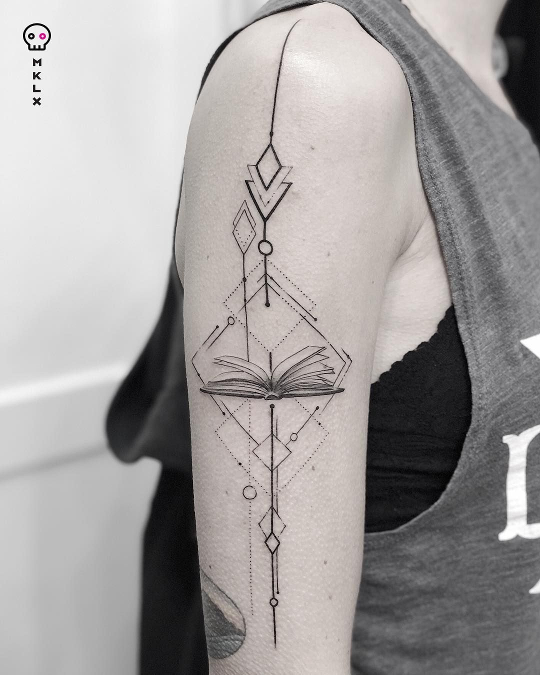Being A Book Lover Isn T Just A Hobby It S A Way Of Life For Bibliophiles The Stories We Delve Into Become Very Bookish Tattoos Geometric Tattoo Book Tattoo