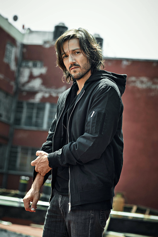 689c03dc5424 Welcome to DiegoLunaDaily your  1 source for Diego Luna on Tumblr ...