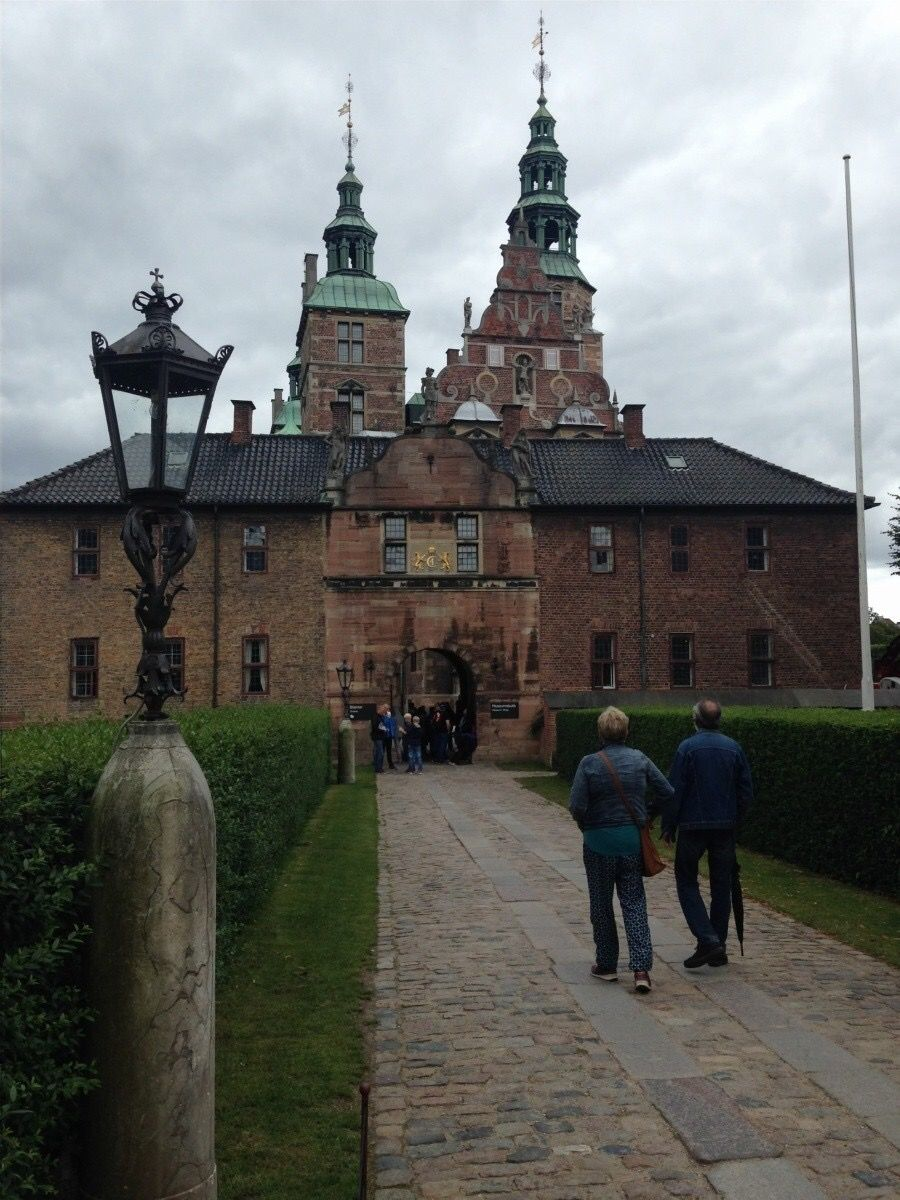 What To See, Do and Eat in Copenhagen   Travel couple ...