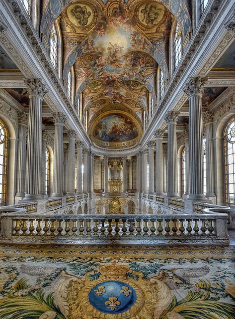 La tribune royale de la chapelle du château de Versailles. | Версаль,  Картинки