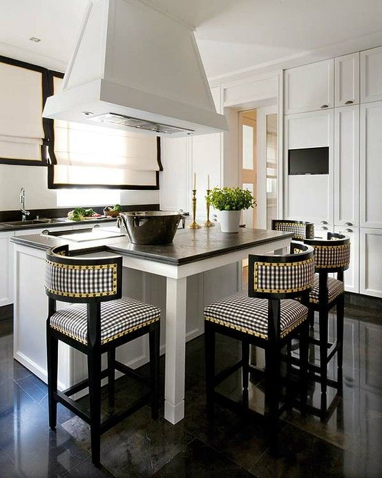 Pablo Paniagua   Madrid, White Kitchen With Black U0026 White Check Chairs