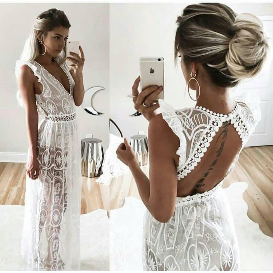 Simplesmente lindo esse vestido para um pré wedding na praia o