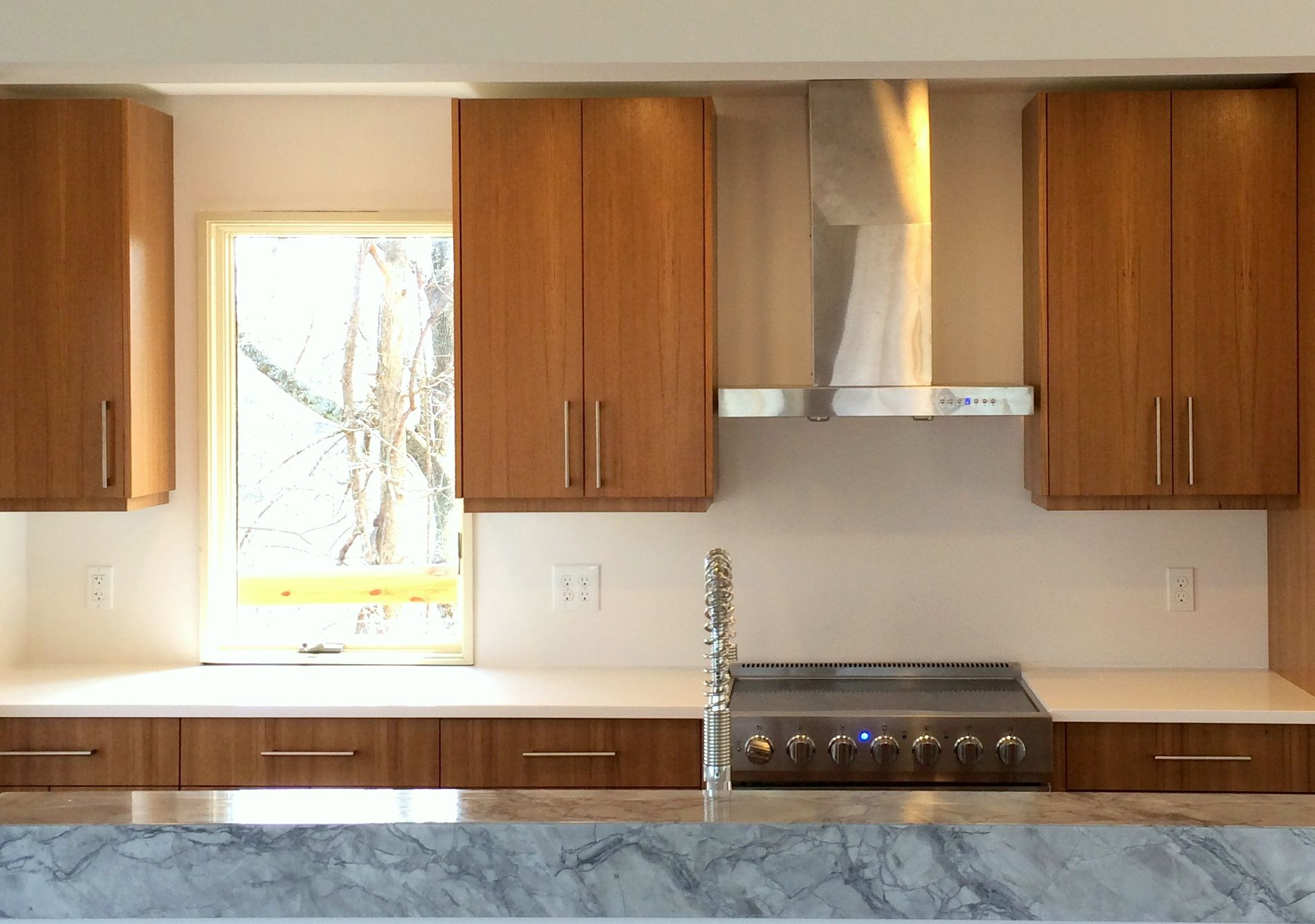 Teak Cabinets Kitchen Remodel Kitchen Remodel Pictures Kitchen Design Styles