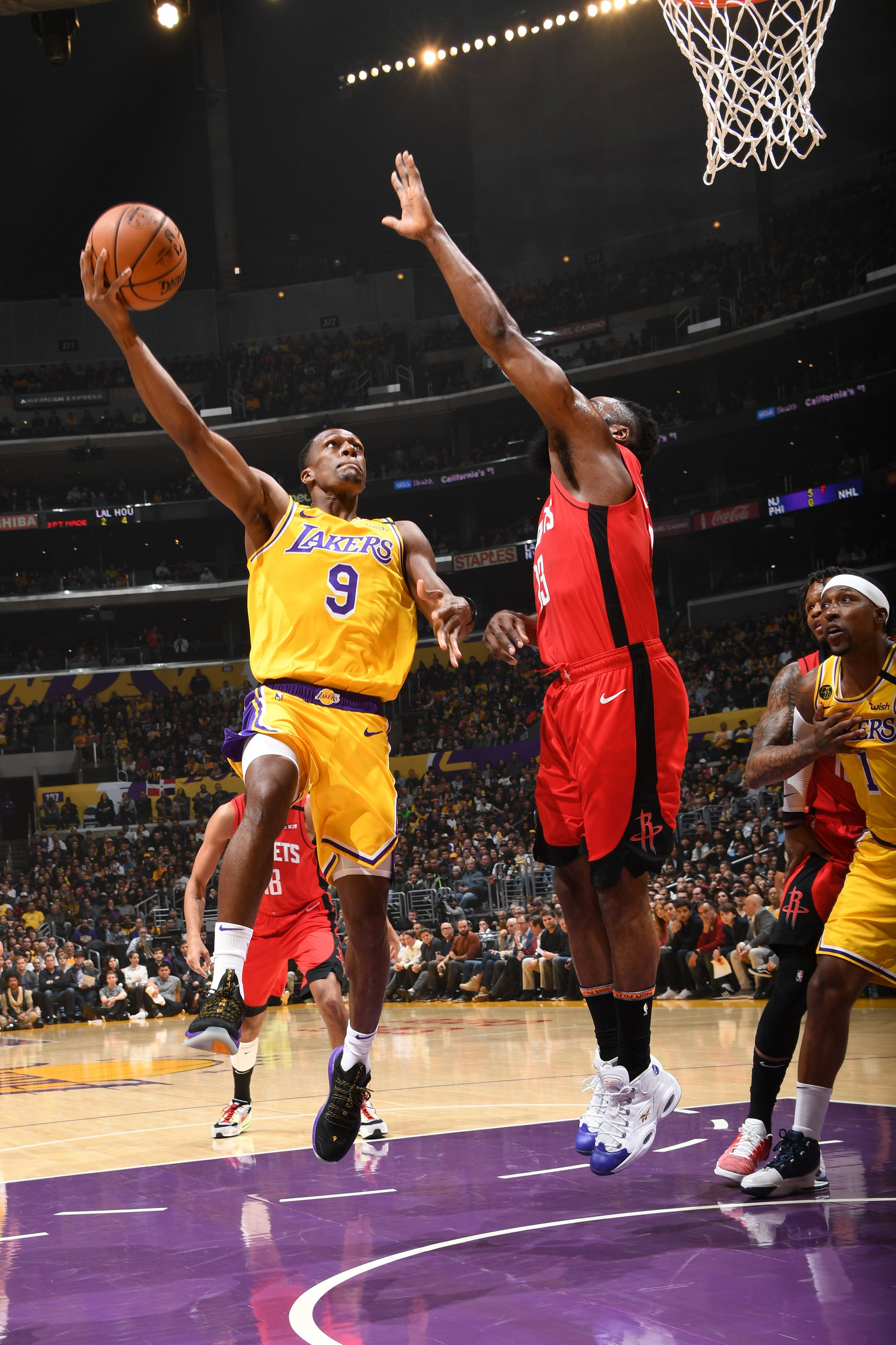 Photos Lakers Vs Rockets 02 06 2020 Los Angeles Lakers In 2020 Lakers Vs Rockets Lakers Vs Lakers