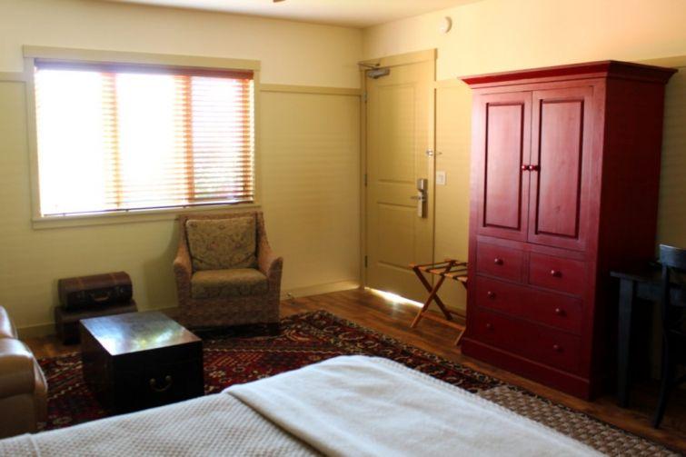 Eagle Harbor Inn Room Storage Bainbridge Island