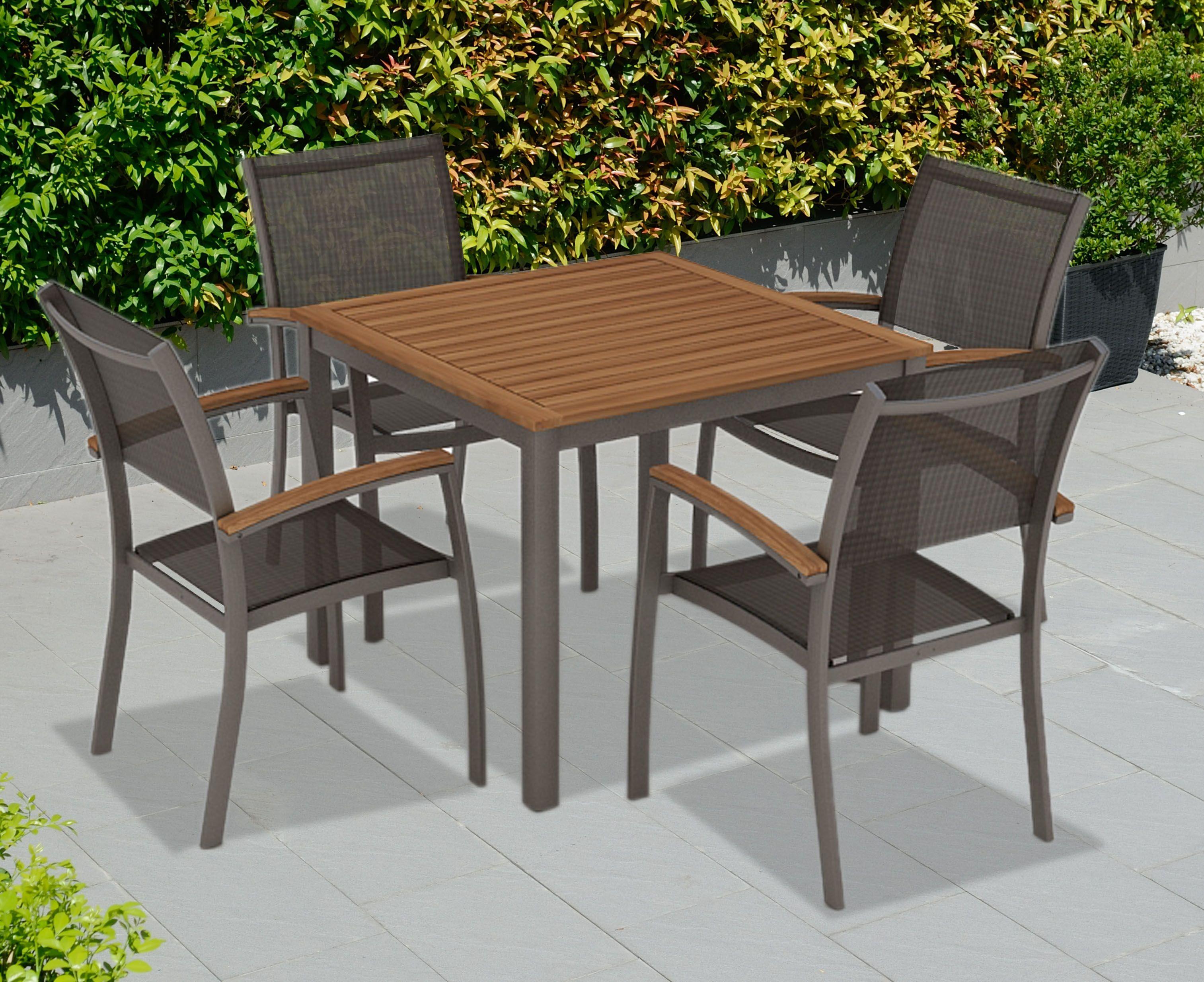 conjunto de sillas y mesa aki