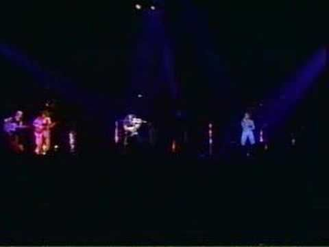 "Kansas plays ""Dust In The Wind"" on the 1982 Vinyl Confessions tour..."