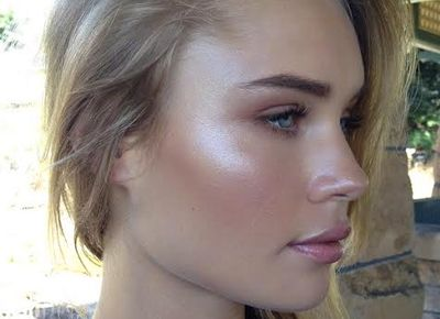 Forget Contouring, Strobing Is Way Easier | Beauty ...