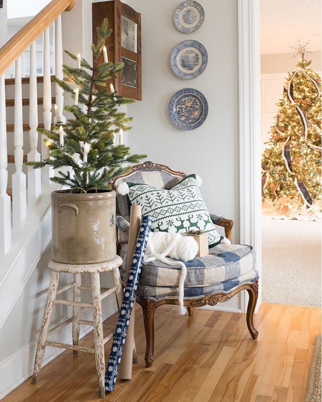 farmhouse christmas blog tour 2019 - Miss Mustard Seed#blog #christmas #farmhouse #mustard #seed #tour # feed in Braids with accessories