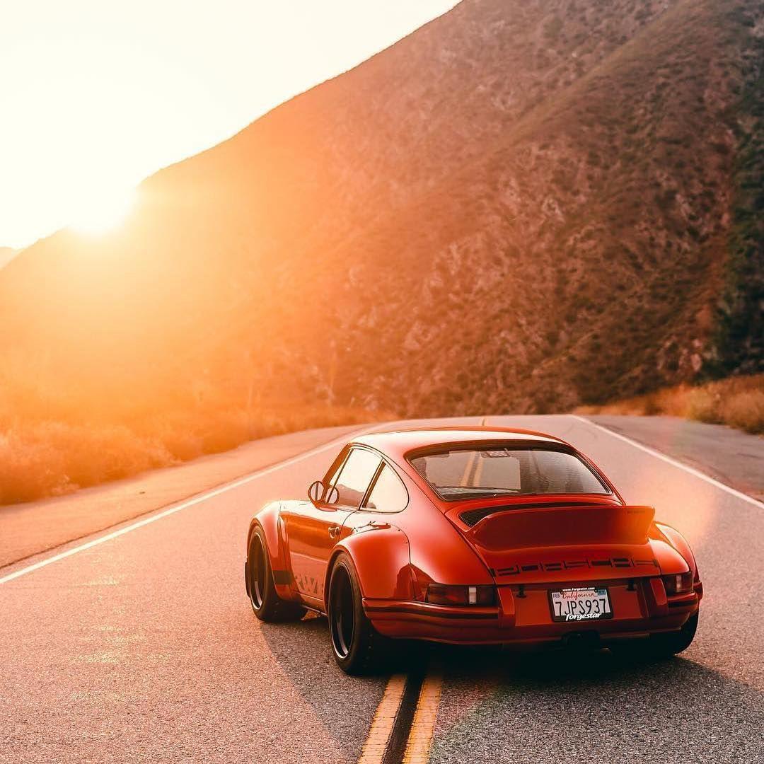 "Photo of Porsche Classic Instagram on Instagram: ""Widebody ? Photo: @_crvn_  #porscheclassicclub  #porsche911  #911  #911classic  #classicporsche  #classic911  #911targa  #911turbo #356…"""