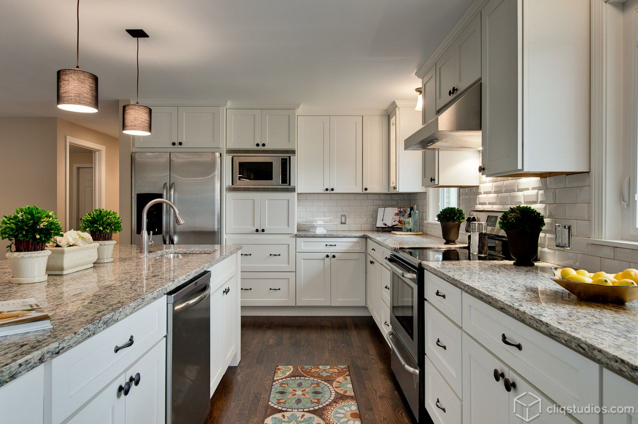 Beautiful Contemporary Kitchen Remodel With New White Mission Kitchen Cabinets From Cliqstudios Com And Gr White Shaker Kitchen Kitchen Design Kitchen Cabinets