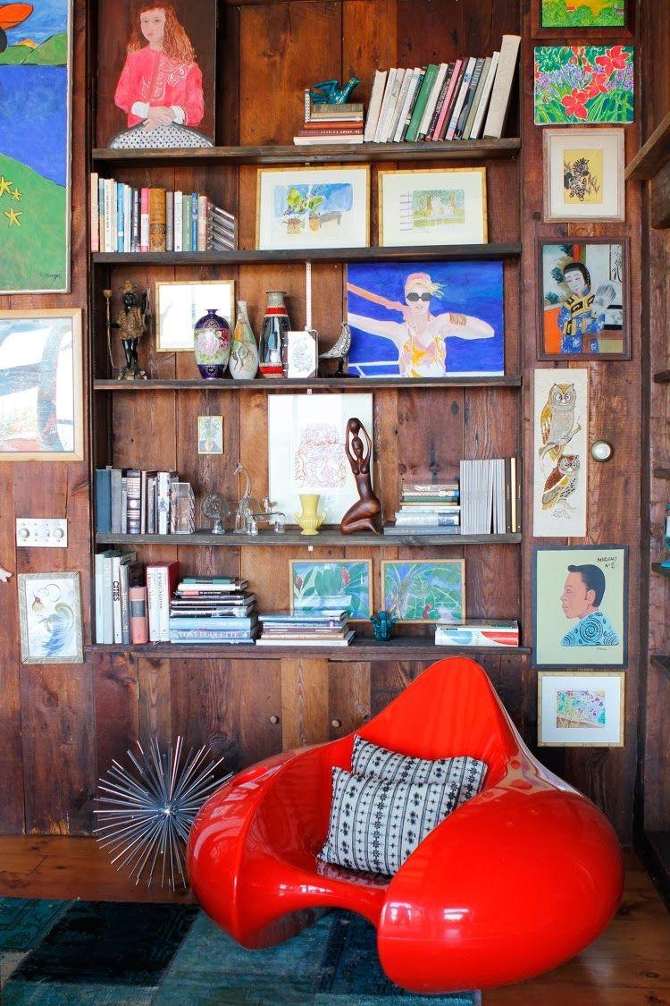 Värikäs koti - A Colourful Home.