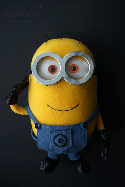 Free minion plush pattern the toy box pinterest for Minion overall template