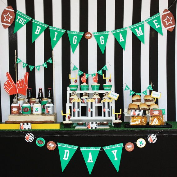 24 Best Football Themed Bedrooms Images On Pinterest: Best 25+ Football Party Decorations Ideas On Pinterest