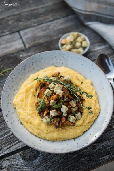 Cremige Polenta mit Schwammerl & Croutons #herbstgerichte