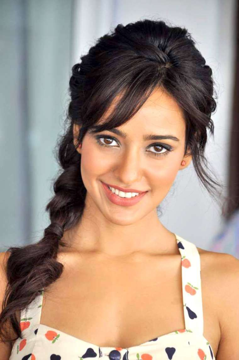 30 Photo Of Neha Sharma Cutest Bollywood Actress Selfies Neha