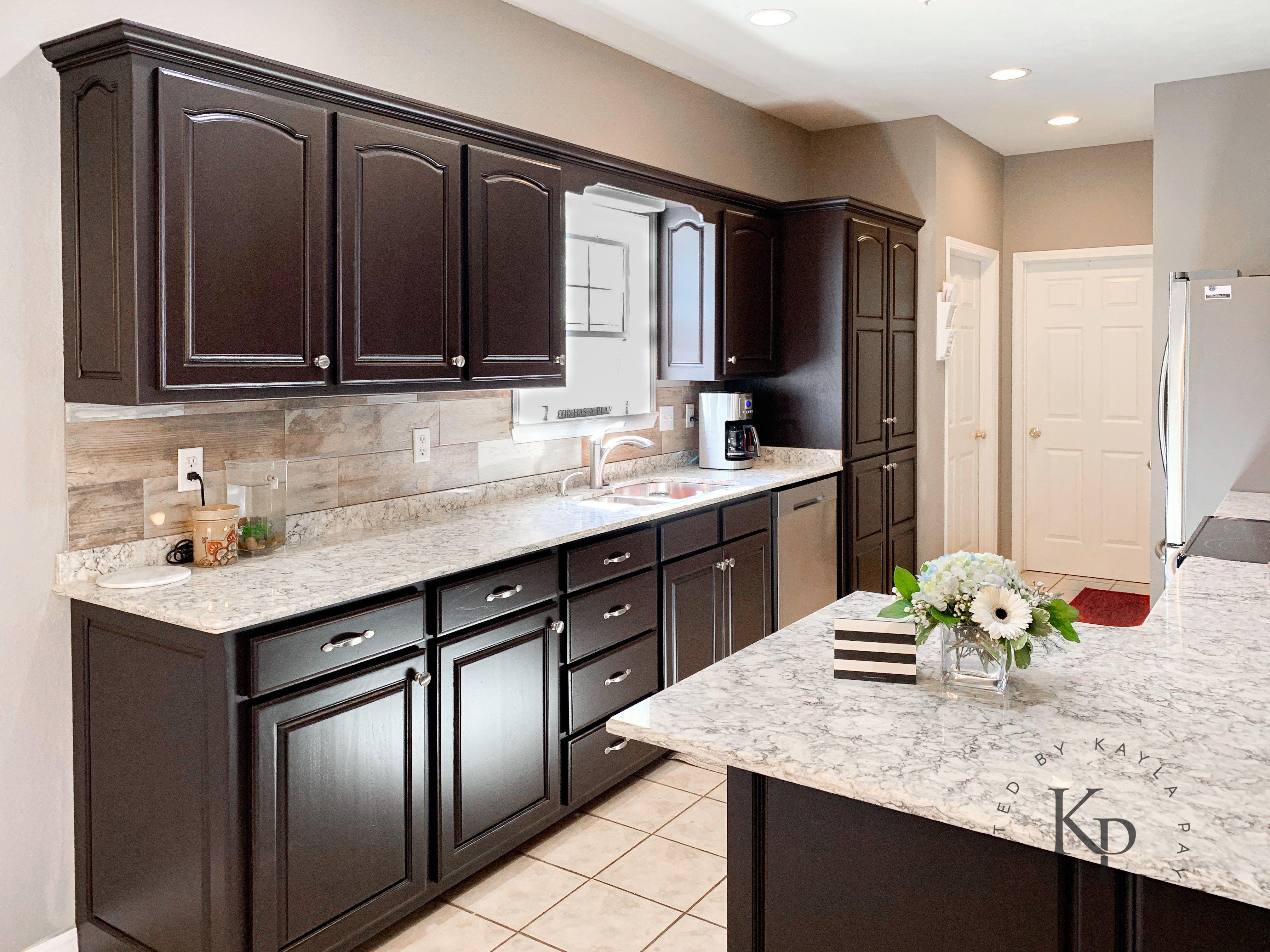 It S True Not Everyone Wants White Kitchen Cabinets Dark Kitchen Cabinets Espresso Kitchen Cabinets Kitchen Cabinets And Countertops