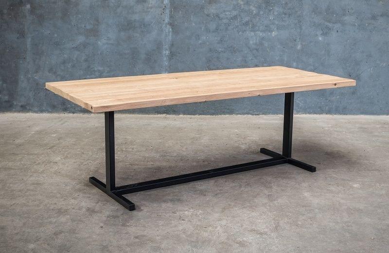 Massief houten tafel op maat nieuwe eik metaal pinterest