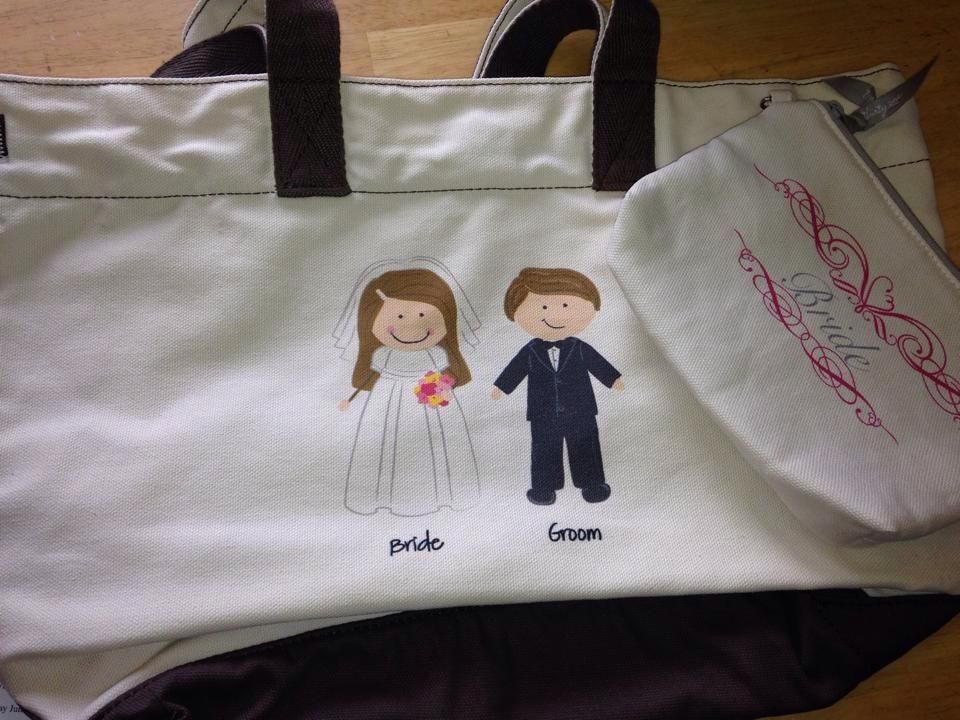 Can we say Honeymoon bag?  What a great tote for the Mr. & Mrs. to take on their getaway!