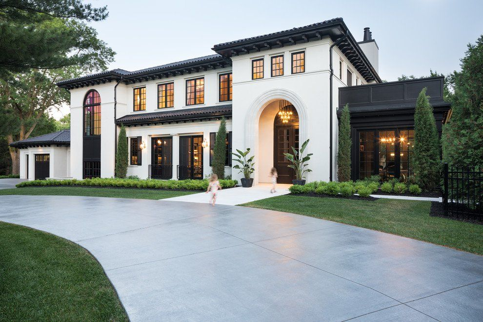 17 Glorious Mediterranean Exterior Designs That Will Take Your