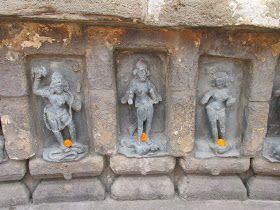 chausathi yogini temple 64 yoginis  bhubaneswar with