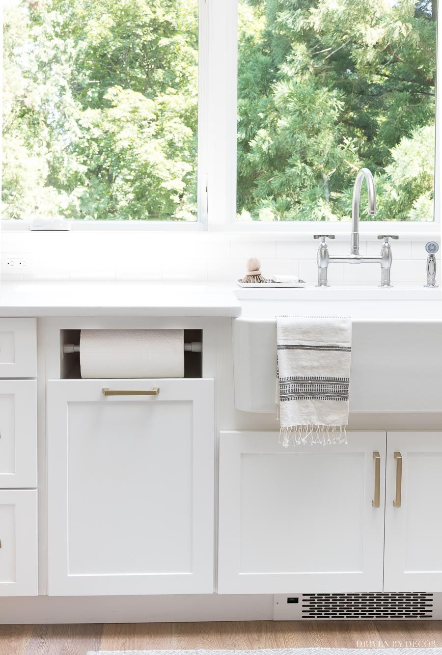 Love This Built In Paper Towel Holder That S Part Of The Kitchen Cabinets No More Towel Rol Gray And White Kitchen White Kitchen Remodeling Kitchen Renovation