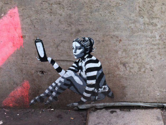 Pochoir Street Art Trouvez La Creativite En 65 Images Archzine Fr Pochoir Street Art Street Art Et Street Art Paris
