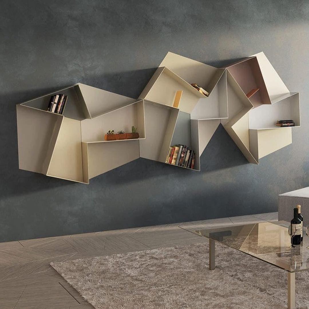 Une Etagere Qui Devient Objet D Art Par Daniele Lago Votre Mission Trouver Les Objets Les Plus Adapte Bookcase Design Creative Bookshelves Furniture Design