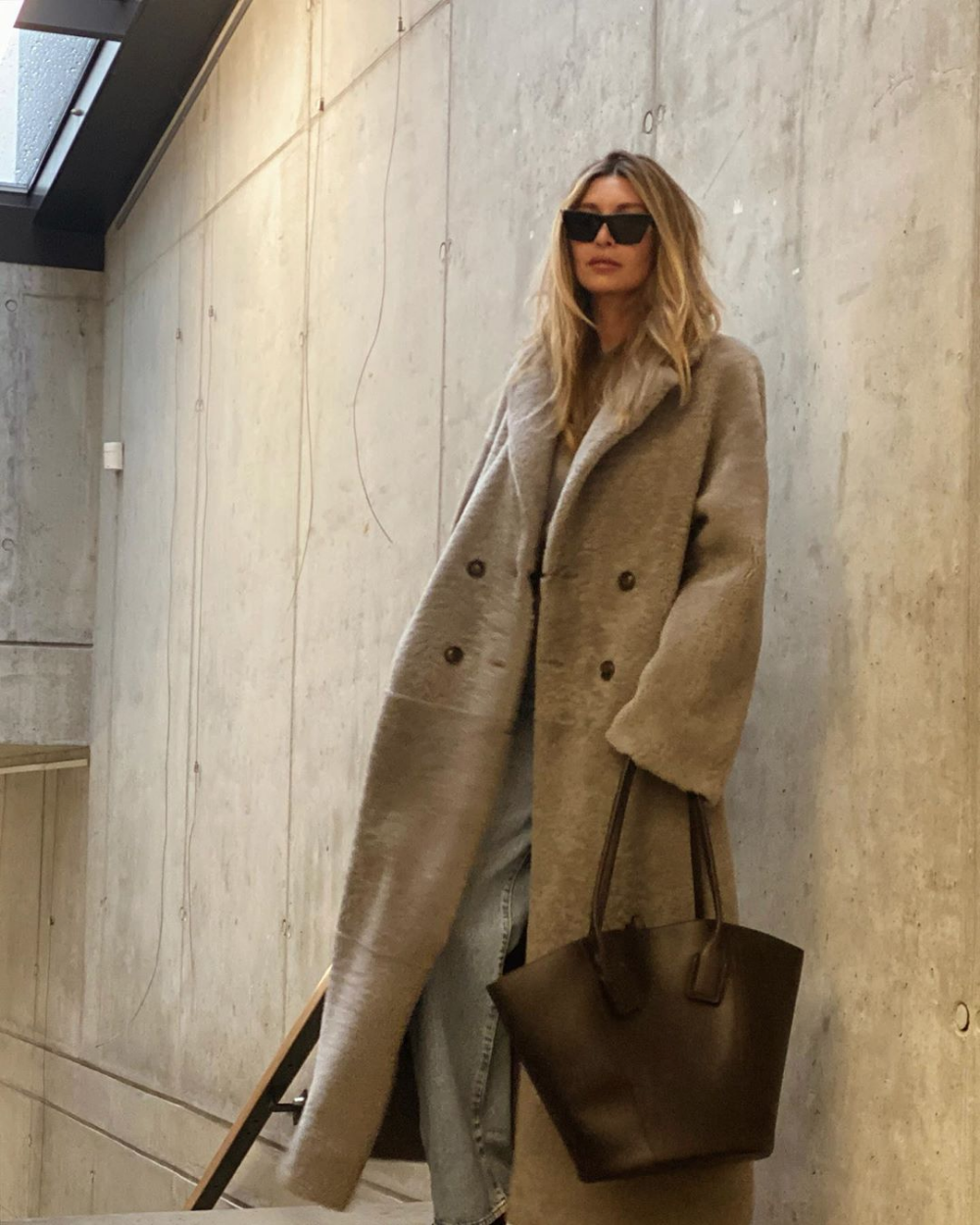 We're Obsessed With This Teddy Coat Look From Instagram 1