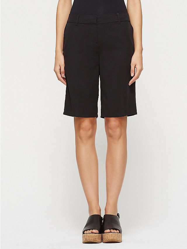 Tapered Shorts in Lightweight Tencel Twill